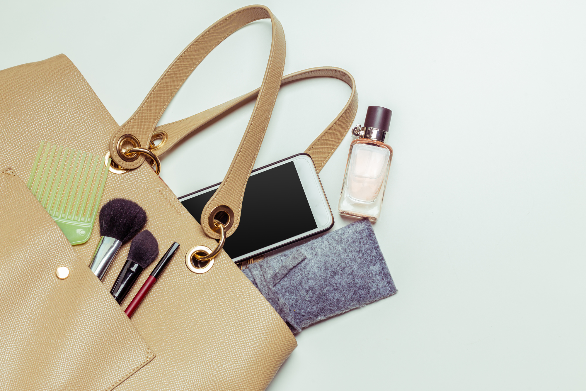 things to put in your purse